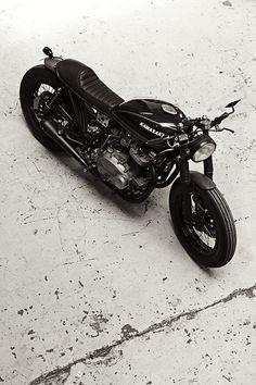 Beautiful Kawasaki custom.