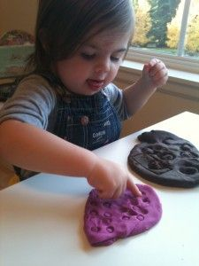 Playdough Play – Toy Prints - Pinned by @PediaStaff – Please visit http://ht.ly/63sNt for all (hundreds of) our pediatric therapy pins