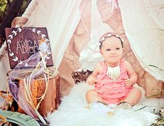 This dreamy woodland first birthday on our baby blog today is the most adorable whimsical and girly party in shades of gold, mint, and blush!!