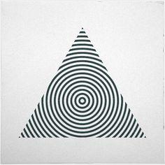 238 pyramid – a new minimal geometric composition each day