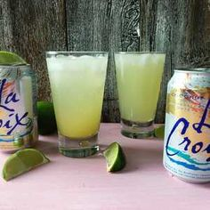 How to Make an Easy and Light Piña Colada Using Coconut La Croix There's no denying that a frozen piña colada on a hot summer day is the ultimate boozy treat. However, between the effort required the bl… Summer Drinks, Fun Drinks, Beverages, Cold Drinks, Alcoholic Drinks, Summertime Drinks, Party Drinks, Mixed Drinks, Cheers