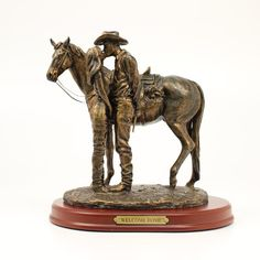 Western Moments Welcome Home Statue | HorseLoverZ Going to show this to my guy, would be the perfect gift from him to me... LOL