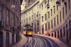Medieval castles, cobblestone villages, captivating cities and golden beaches: the Portugal experience can be many things. History, great food and...