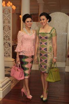 Dress Cortos Dia New Ideas Batik Fashion, Ethnic Fashion, African Fashion, Womens Fashion, Trendy Fashion, Kebaya Dress, I Dress, Lace Dress, African Print Dresses