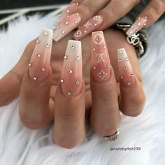 Cute Coffin Shape Nails - Best Coffin Shaped Nails: Cute Short & Long Coffin Nail Designs and Ideas Bling Acrylic Nails, Aycrlic Nails, Best Acrylic Nails, Summer Acrylic Nails, Summer Nails, Glitter Nails, Nail Nail, Nail Polish, Trendy Nail Art