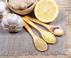 Poprawia odporność, leczy infekcje, oczyszcza tętnice, reguluje poziom tłuszczu we krwi i wzmacnia organizm. Naturalny syrop, który w prosty sposób możemy przygotować... Tableware, Dinnerware, Tablewares, Dishes, Place Settings