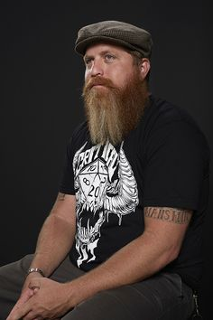 full thick long beard with awesome coloration beards bearded man men mens' style hats tattoos tattooed natural length redhead ginger #beardsforever