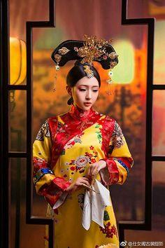Artistic Portrait Photography, Hanfu, Cheongsam, Japanese Fashion, Chinese Fashion, Geisha Art, Costumes Around The World, Qing Dynasty, Chinese Culture