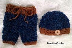 Mützen - Babyfotographie Baby 3/4 Hose und Mütze gehäkelt - ein Designerstück von BeautifulCrochet bei DaWanda