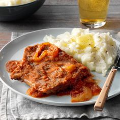 I let my slow cooker simmer up this fuss-free and flavorful Swiss steak. Slow Cooker Beef, Slow Cooker Recipes, Cooking Recipes, Slow Cooking, Cooking Tips, Veggie Recipes, Crockpot Recipes, Veggie Food, Swiss Steak Recipes