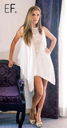 Vestido blanco con detalle de encaje al centro #whitedress #fashion #mexicoestademoda #modacancun #vestidoexclusivo @ericaflores_mx