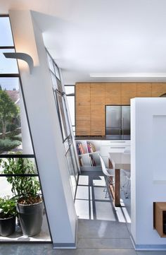 Contemporary Eco-Friendly #House With Asymmetric Shape in Herzlyia Israel - #contemporary #home with stunning interior and exterior