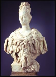 Gabriel Grupello; Bust of  Anna Maria Luisa de' Medici, c. 1700; Marble, H 115 cm, Museum Kunstpalast, Dusseldorf