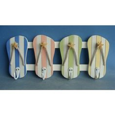 This is a great functional piece that works great in any room withe a beach theme. 4 Hooks Measures: 13 W X H - Decorative Wall Hooks for Beach Themed Rooms Beach Themed Crafts, Beach Crafts, Beach Themed Decor, Flip Flop Craft, Decorative Wall Hooks, Beach Room, Beach Bathrooms, Beach Signs, Beach Themes