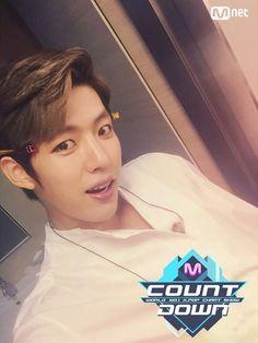 Mnet MCountdown Comeback Stage Sungyeol - these hair pins hehe Lee Sungyeol, Before The Dawn, Myungsoo, Woollim Entertainment, Korean Boy Bands, Hair Pins, Comebacks, Singing