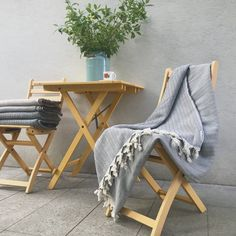 Jale Gray – ORIENTÁLNE Blankets, Home, Ad Home, Blanket, Homes, Carpet, House, Quilt
