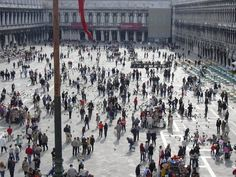 A busy day in St Mark's Square, Venice #venice #italy