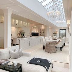 Interior Design Inspiration for everyone. Modern Stylish Interiors and Accessories for luxury homes. Mansion Interior, Dream House Interior, Luxury Homes Dream Houses, Luxury Homes Interior, Dream Home Design, Luxury Home Decor, Modern House Design, Home Interior Design, Interior Decorating