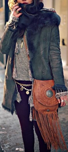 Cute belted chain and chic handmade leather bag: The Chain Game by Natalie Off Duty