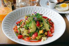 http://le-polyedre.com/2014/08/03/rachels-restaurant-rue-du-pont-aux-choux-paris-3-marais/