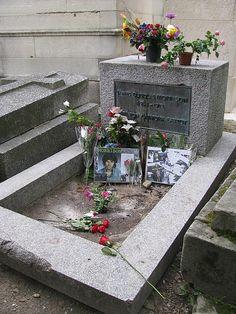 Jim Morrison's Grave in Cimetiere du Pere Lachaise, Paris Zurich, Jim Morrison Grave, Pere Lachaise Cemetery, Cemetery Headstones, Famous Graves, Light My Fire, Paris Theme, Travel Pictures, Places Ive Been