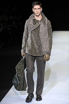 Fall 2009  Emporio Armani Armani Men, Giorgio Armani, Emporio Armani, Vivienne Westwood Man, Today's Man, Cool Style, Men's Style, Fashion Gallery, Winter Collection