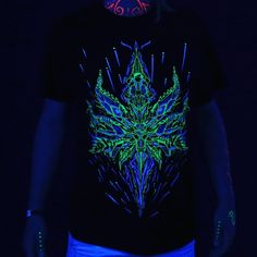 is Slovak rave brand with psychedelic, futuristic and cyberpunk features, energized by UV active colours.(Glowing under blacklight) Psytrance Clothing, Psy Art, Romance, Black Lightning, Rave Outfits, Cotton Lights, Psychedelic Art, Alternative Fashion, Cyberpunk
