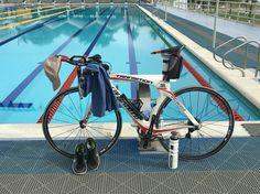 Entreno ora Ironman, Natación y bicicleta Specialized Transition Expert