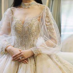 Wedding Evening Gown, Fairy Wedding Dress, Maxi Dress Wedding, Stunning Wedding Dresses, Classic Wedding Dress, Dream Wedding Dresses, Beautiful Dresses, Wedding Gowns With Sleeves, Long Sleeve Wedding