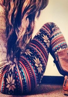 Aztec Floral Leggings. I want these! How cozy.