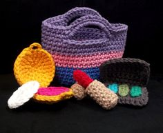 Amigurumi Crochet Pattern - Quick and Easy Make-up and Bag Cute Play Set