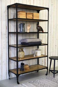 Metal shelving systems, especially handmade shelves, are wonderful home furnishings that bring an industrial vibe of metal into interior design and create stylish storage spaces Cupboard Shelves, Kitchen Shelves, Kitchen Art, Kitchen Design, Kitchen Storage, Industrial Shelving Units, Modern Shelving, Metal Shelves, Modular Shelving