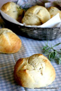 Panini alle patate e rosmarino