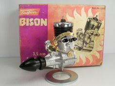 Vintage Taifun BISON 3.49 c.c. Mk I R/C Glow model  engine made in Germany from 1960.  First Glow produced by Hans Hörlein, it is a long stroke engine with plain bearings and lapped but non-ringed piston.