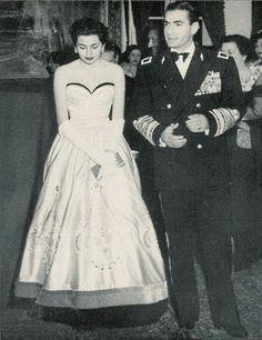 Princess Soraya, 1950s.............http://www.pinterest.com/madamepiggymick/arab-royalty-iran/