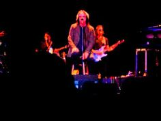 TODD RUNDGREN TARRYTOWN - CAN WE STILL BE FRIENDS