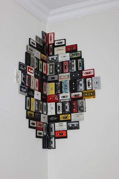 30 einfache DIY Wandkunst Ideen und Dekor - Künstler 30 simple DIY wall art ideas and decor Cool Wall Art, Diy Wall Art, Wall Art Decor, Music Wall Art, Wall Décor, Music Wall Decor, Record Wall Art, Unique Wall Decor, Hipster Wall Decor