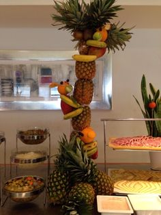 1000 images about decoraci n buffet on pinterest buffet - Decoracion con pinas ...