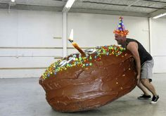 Have a training partner with a birthday? Share these funny CrossFit birthday memes with them and make their day, go on, we know you want to. Happy Birthday Coach, Cute Birthday Wishes, Happy Birthday Cousin, Happy Birthday Funny, Happy Birthday Messages, Birthday Love, Happy Birthday Cakes, Birthday Quotes, Birthday Greetings