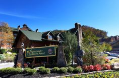 We stayed here in Gatlinburg, TN! It is a very great place! They have a ton of cabins and they also have a indoor waterpark!! They have so much that you should check them out for yourselves!