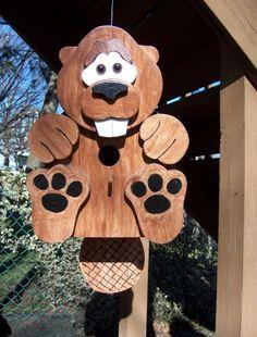 Handmade Custom Wooden Functional Beaver Birdhouse  Beaver Birdhouse