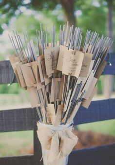 cool-wedding-favour-ideas-inspiration-DIY-jars-plants11