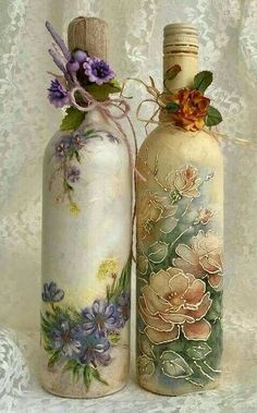 , come across made by hand, classic, as well as one of a new style products and gifts linked to each of your quest. Recycled Glass Bottles, Glass Bottle Crafts, Wine Bottle Art, Painted Wine Bottles, Painted Jars, Diy Bottle, Vintage Bottles, Decoupage Jars, Inspiration Artistique