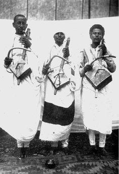 Traditional Ethiopian Masinko players known as *Azmari* 1935