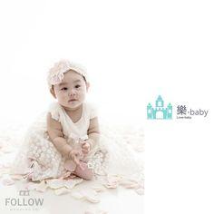 #樂Baby  我們的小公主  習以為常的一切其實都是最值得珍惜的點滴  ~珍藏是無價的回憶  樂Baby ---   荳荳小公主 寶貝  ------------------------------------------------------  樂 • Baby 寶寶照.兒童寫真.親子攝影 - 台中館  #珍藏記錄 歡迎留言、私訊洽詢 或撥打 預訂專線👇 TEL:04-22388698  #寶寶寫真 #寶寶照 #兒童寫真 #成長記錄 #新生兒記錄 #全家福 #親子寫真 #到府拍攝 #生日派對記錄 #永恆的回憶  #孕媽咪寫真參考👈👈👈👇👇👇 https://www.facebook.com/followbaby/