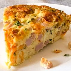 Easy Crustless Ham and Cheese Quiche is a quick and easy meal! Perfect for a low carb/keto breakfast or dinner! Easy Crustless Ham and Cheese Quiche is a quick and easy meal! Perfect for a low carb/keto breakfast or dinner! Breakfast And Brunch, Breakfast Quiche, Breakfast Dishes, Breakfast Plate, Breakfast Carbs, Low Carb Breakfast Casserole, Morning Breakfast, Breakfast Skillet, Breakfast Cereal
