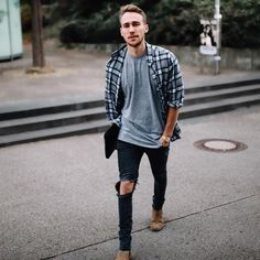 Great looking casual mens fashion 8592 Streetwear, Mode Man, Odell Beckham Jr, Hot Guys, Moda Blog, Mens Fashion Suits, Mens Clothing Styles, Under Armour, Men Casual
