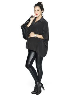 Instead of a classic black legging, you can pair your blouse with the night-out legging by Hatch Collection. #maternity