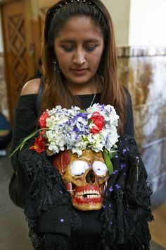 In La Paz, Bolivia, people celebrate the dead with the Fiesta de las Natitas (Festival of Skulls), where the skulls of relatives are venerated.