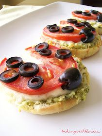 Baking with Blondie : Lady Bug Pizzas